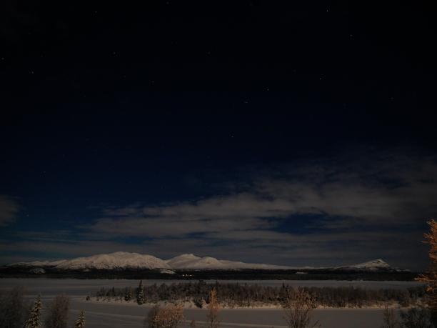 P1240705b Marsfjället i månsken